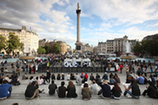 Outrace_by_clemens_weisshaar_and_reed_kram_trafalgarsquare_01_david_levene