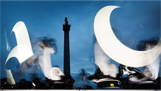 Outrace_by_clemens_weisshaar_and_reed_kram_trafalgarsquare_08_david_levene